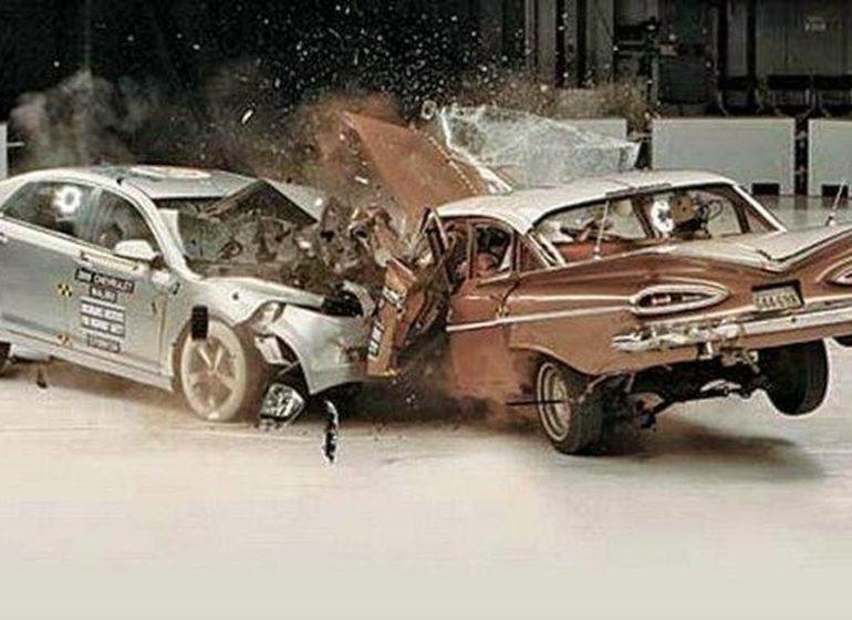 Póliza de daños por colisión para autos Saldos