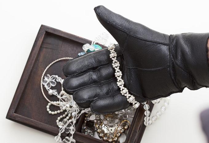 jewel-thief